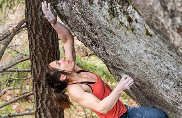Alex Puccio is booming her fourth 8b + Boulder with Penrose Step