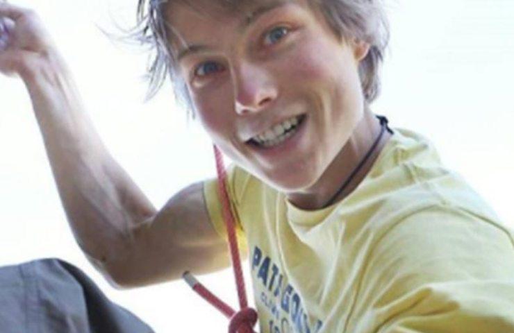 Alexander Megos klettert Era Vella (9a) im zweiten Versuch