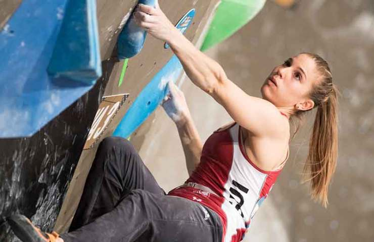 Jernej Kruder and Miho Nonaka win the first bouldering world cup of the season in Meiringen