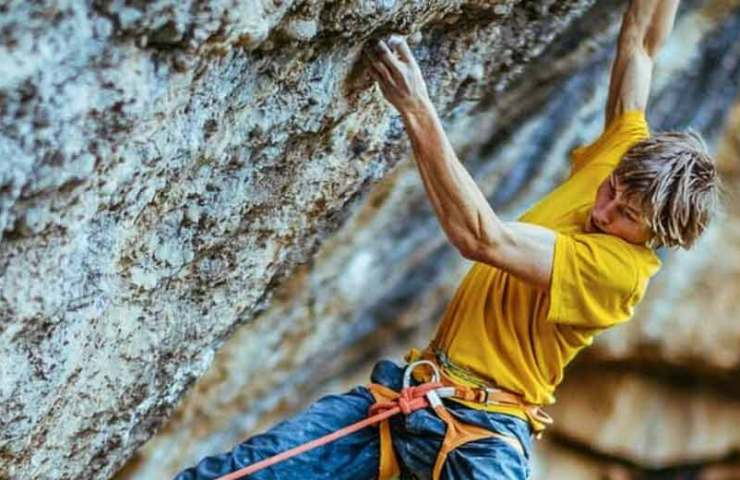 Alexander Megos manages first ascent of Perfecto Mundo (9b +) in Margalef