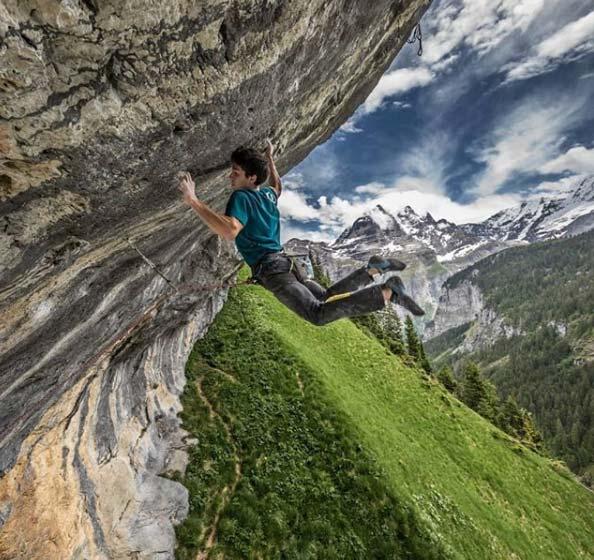 Die-überhängende-Felswalze-bei-Gimmelwald-erinnert-an-spanische-Klettergebiete (Bild Vladek Zumr).