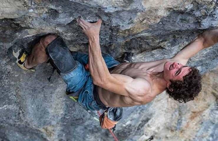 Dos primeros ascensos de Adam Ondra en dos días: Macedonian Trip (9a) y Czech Trip (9a +)