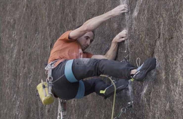 Video: Carlo Traversi wiederholt als Erster die Rissroute Meltdown