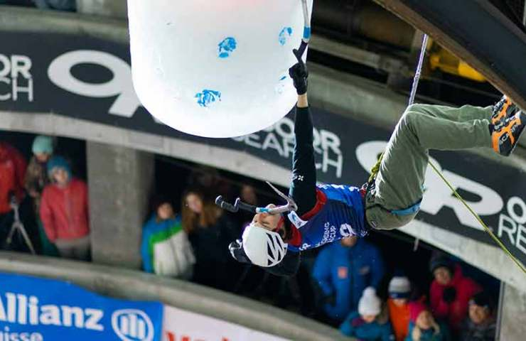 Yannick Glatthard wins the ice climbing World Cup in Saas-Fee in a spectacular finale
