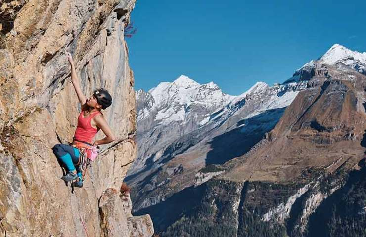 In these areas, you also climb in the winter months in the T-shirt