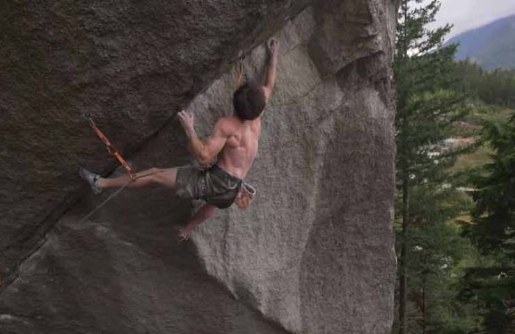 Video: Jimmy Webb climbs Squamish classic Dreamcatcher
