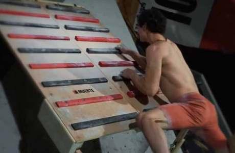 Video: Ein Wettkampf an Campusboard, Strickleiter und sonstigen Trainingstools