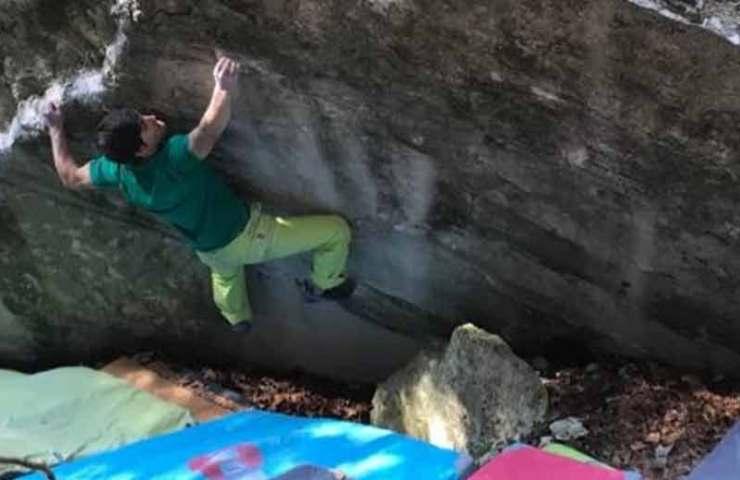 Christof Rauch wiederholt Kryptos und wertet den Boulder ab