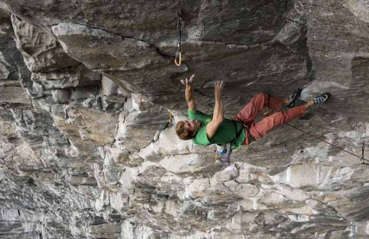First footage of Seb Bouin in Route Move (9b / 9b +)