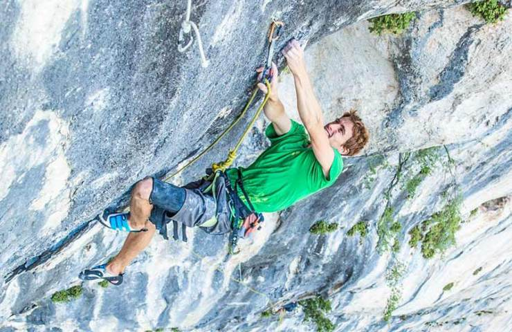 Seb Bouin climbs the heaviest multi-pitch route in France: Hosanna (8c)