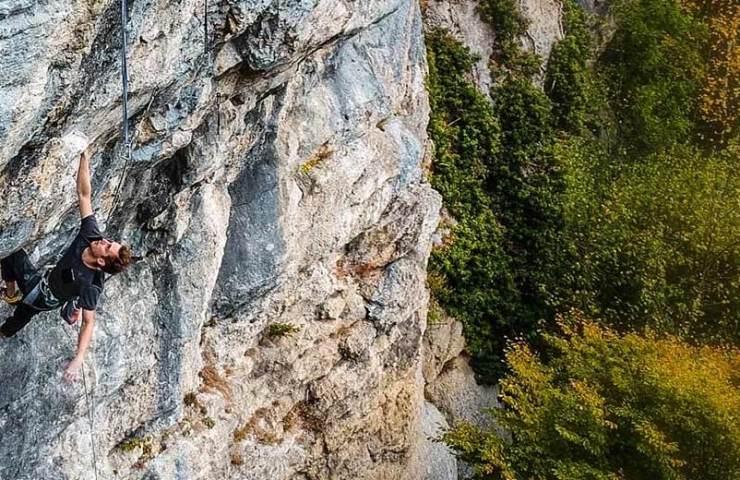 Kevin Heiniger domina el recorrido de Lindental E la natura va (8c)