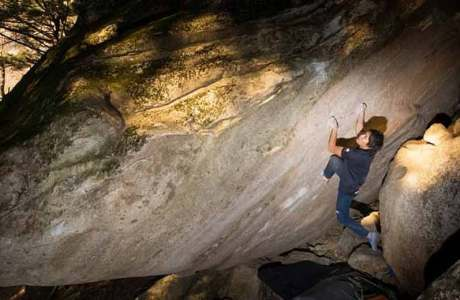 One of the heaviest flash-tours: Tomoa Narasaki with Decided (8b +)