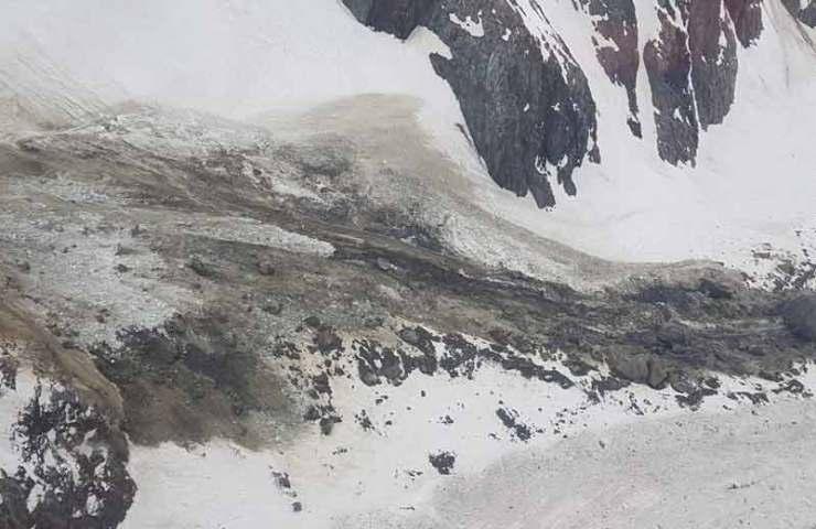 Otra demolición de rocas y glaciares en el Sustenhorn