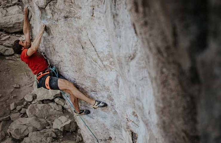 Professional alpinist Nicolas Hojac strong on the rock: Mission Miranda dotted in a fief