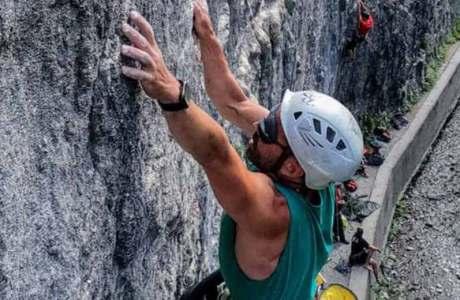 Blinder Kletterer Javier Aguilar punktet 7c-Route