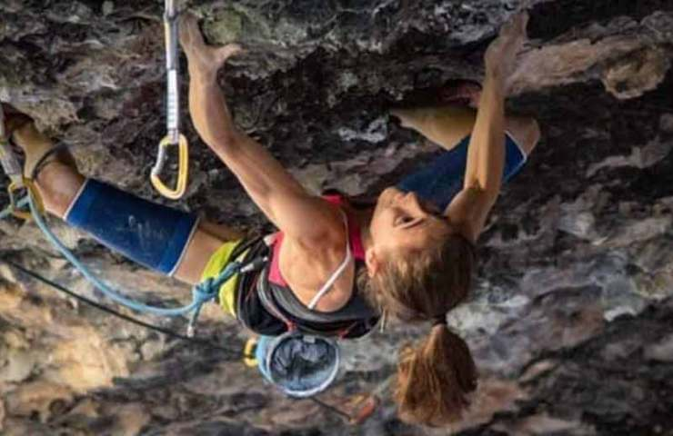 Laura Rogora climbs as the second woman 9b: Ali Hulk Extension Total Sit Start