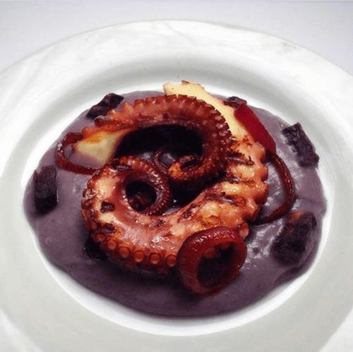 polipo con crema di patate viola