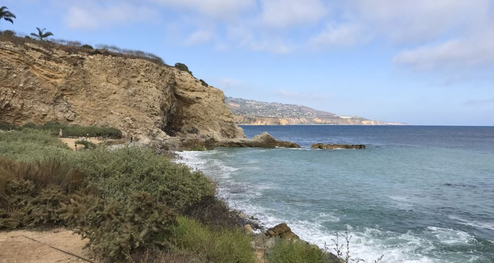 Trail leading to Terranea Beach and the Sea Caves