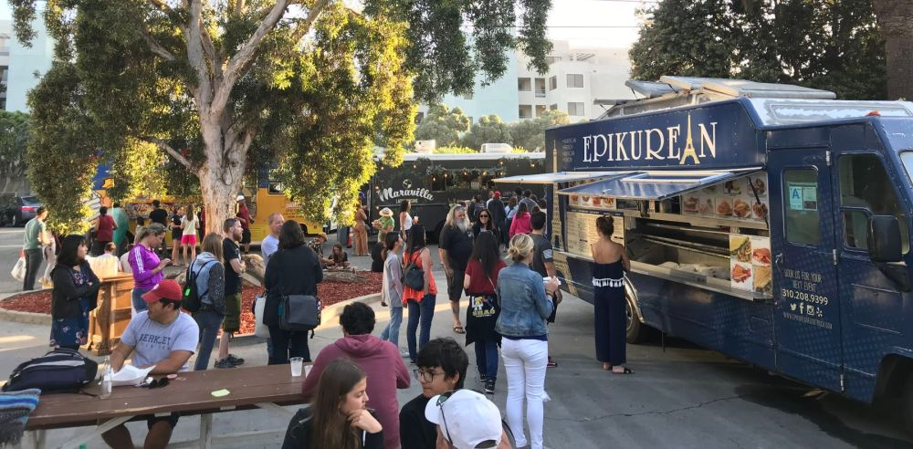 Santa Monica food trucks on Main
