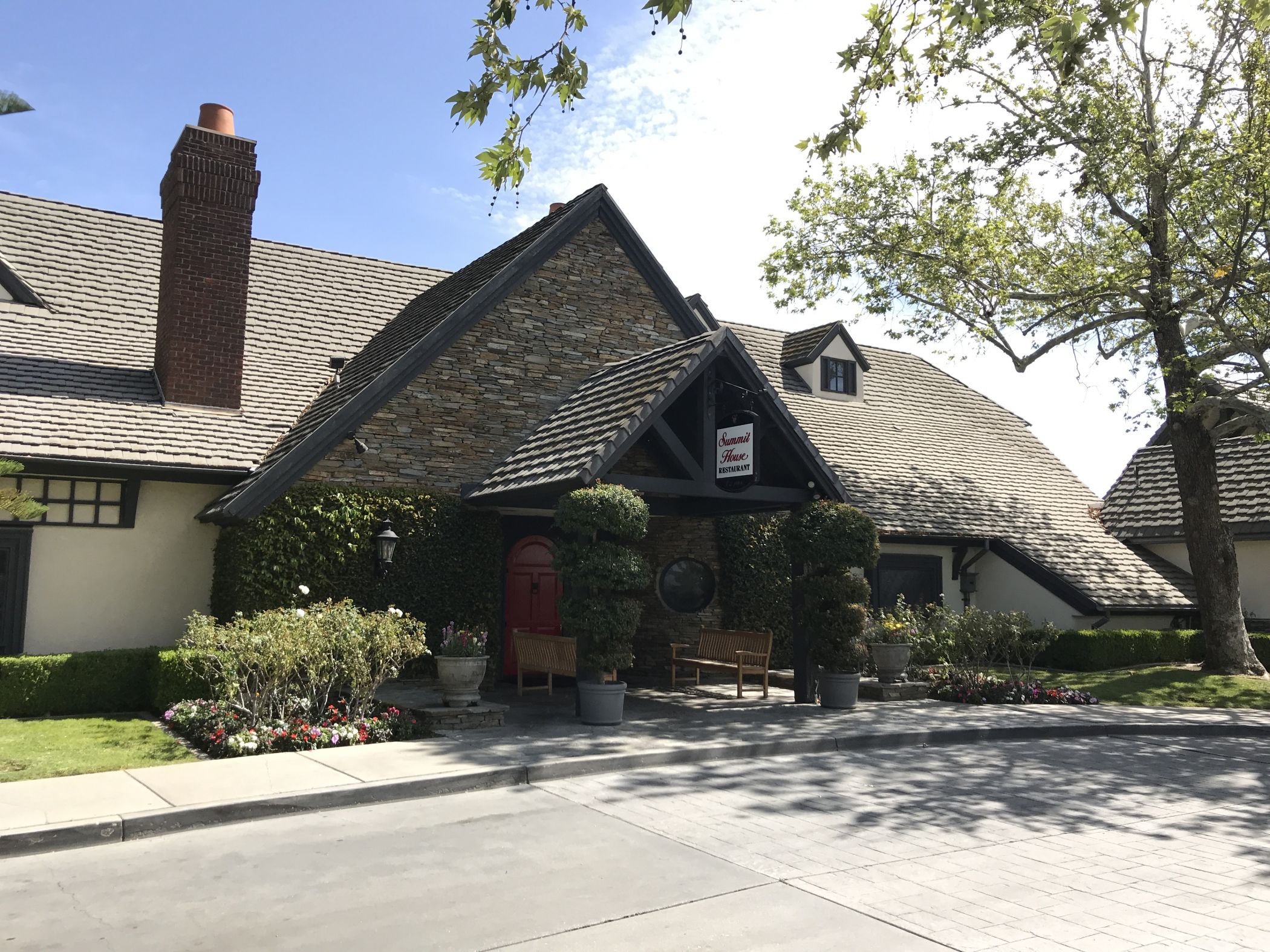 Summit House Restaurant in Fullerton