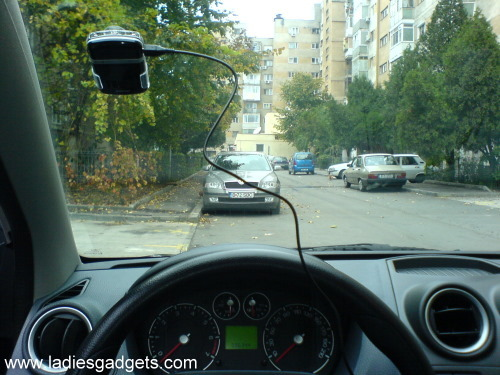 6 The Clip and Talk Bluetooth Car Kit Solar Edition - Review (9)