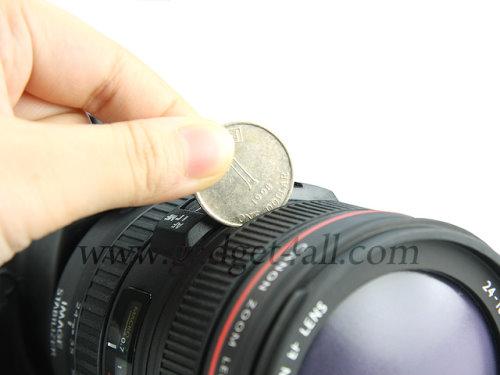 DSLR Camera Shaped Money Bank Looks Cool