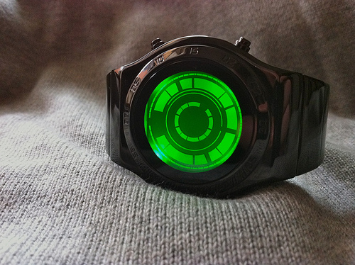 Kisai Rogue SR2 With Colored LCD Display