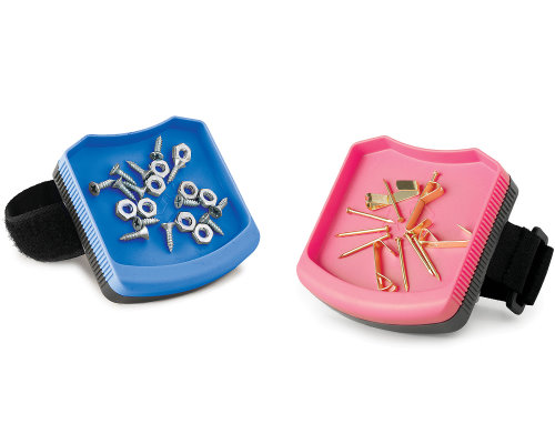 Ladies 39 gadgetsmagwear keeps spare metallic objects on your wrist handy ladies 39 gadgets - Spare time gadgets ...