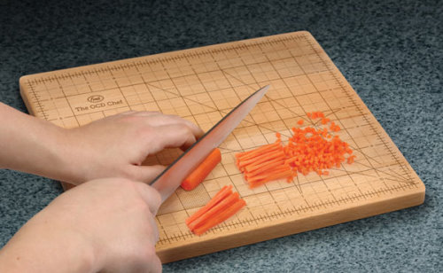 The OCD Wood Cutting Board With Exact Measurements for Your Vegetables