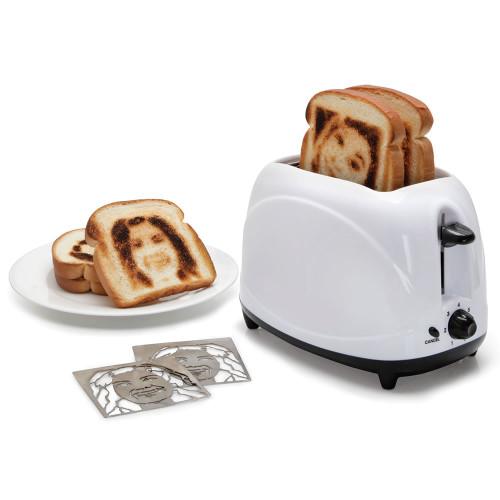 toaster prints selfie slices bread
