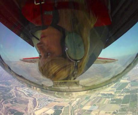 Christy Lichtenstein flying her S1-S Pitts