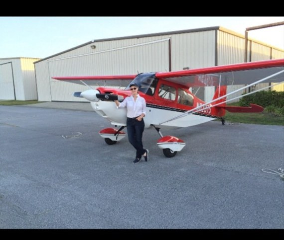 Little Rojita by her hangar.....my latest endeavor....a tail wheel endorsement!