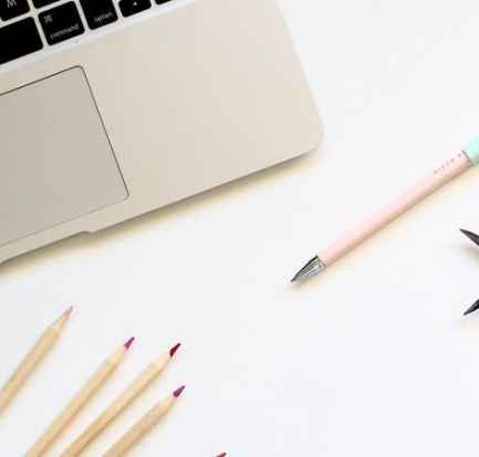Email marketing for bloggers. How to combine email marketing and a solid blogging strategy to attract readers to your blog and increase traffic. email marketing   welcome series   list building   #ladiesmakemoney #emailmarketing