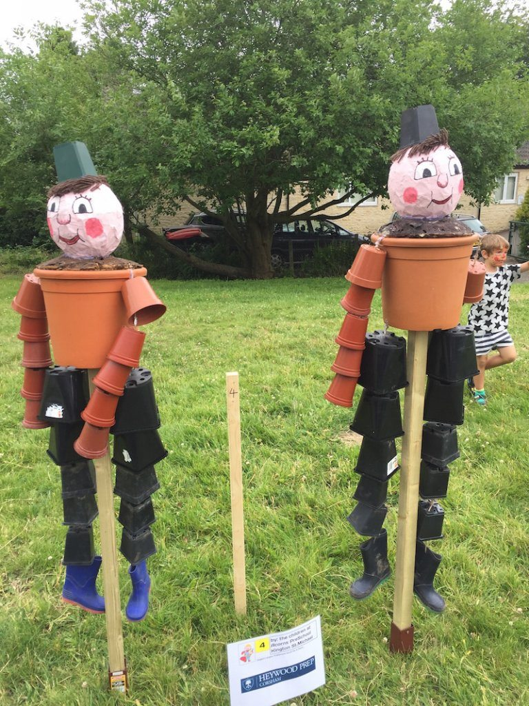 scarecrow Bill and ben