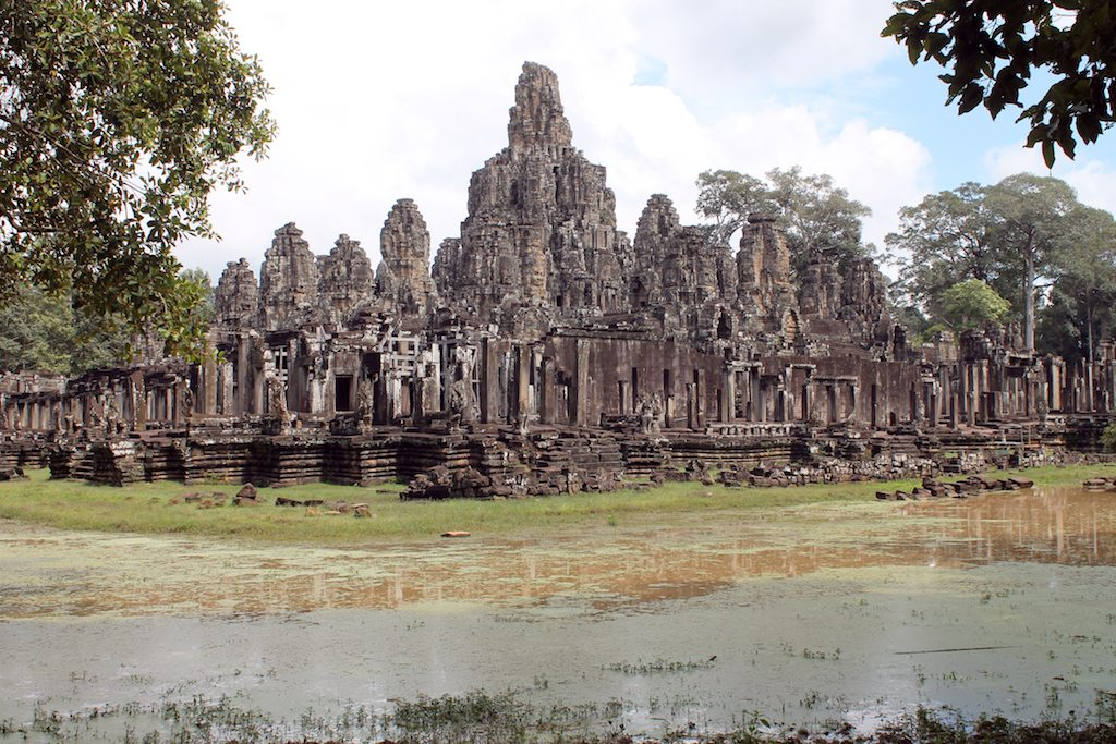 Pre Rup Angkor archeological Park Cambodia | Ladies What Travel