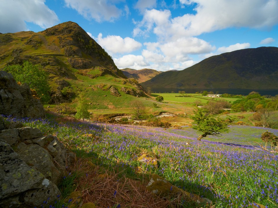 places to visit in the UK in spring