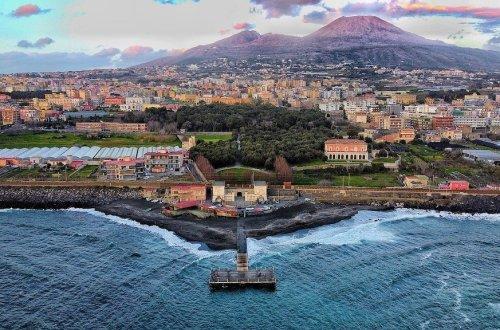 A Teen-Friendly Weekend in Naples