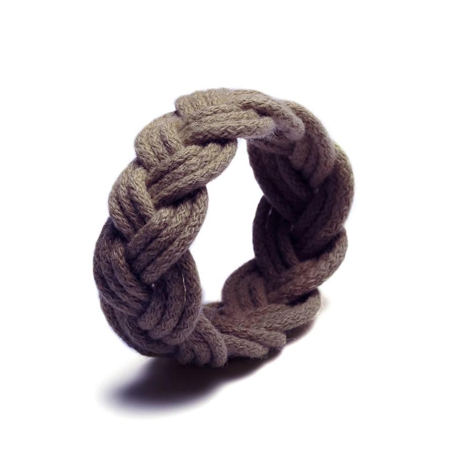 http://www.deern.nl/shop/accessoires/sailor-knot-chocolat/