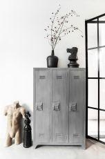 http://www.wonenmetlef.nl/nl/hk-living-kast-grijs-hout-103x35x155cm-locker-hout.html