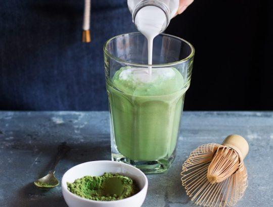 Tea Latte: matcha latte - chai latte