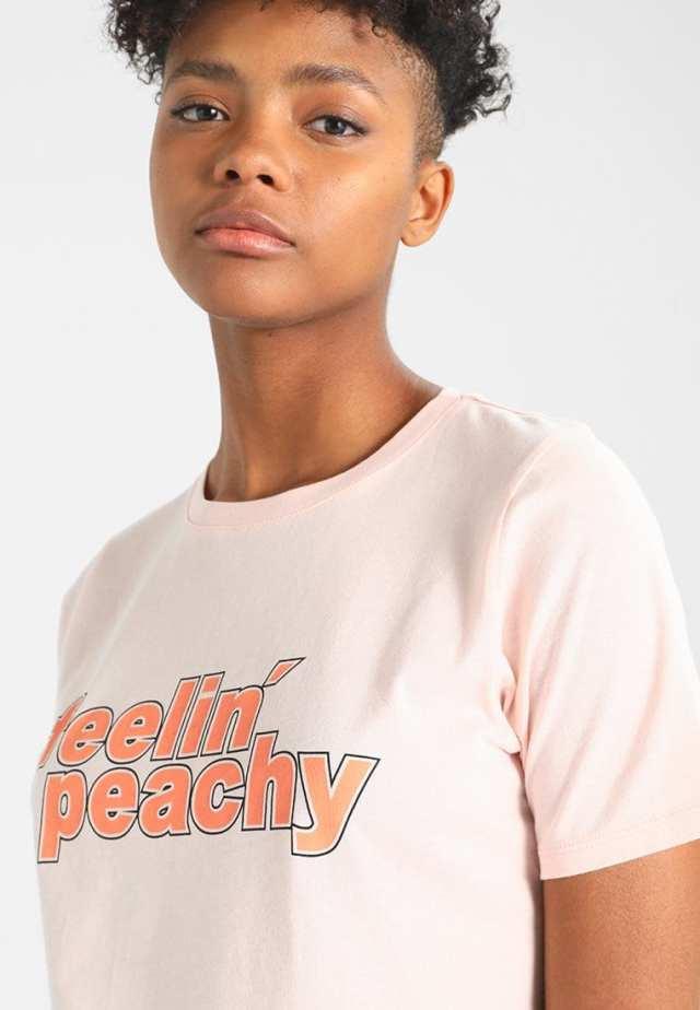 feelin peachy