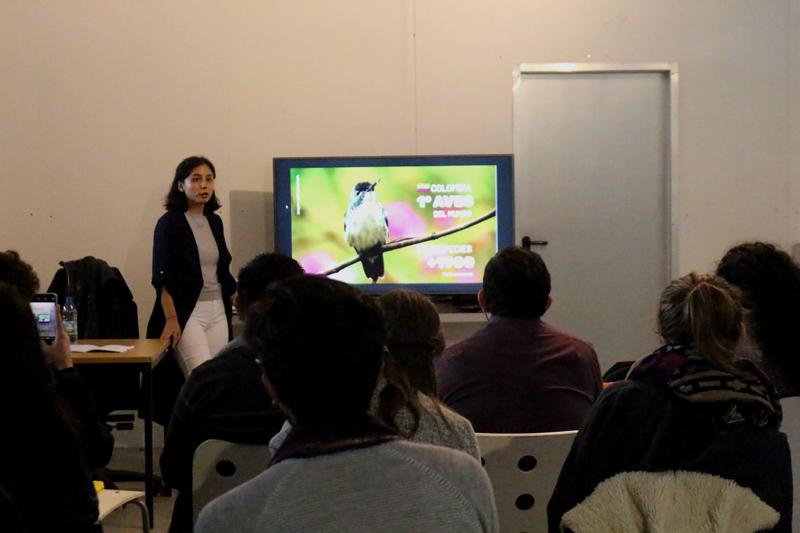 Josen presentando su proyecto en Conexión Humboldt.