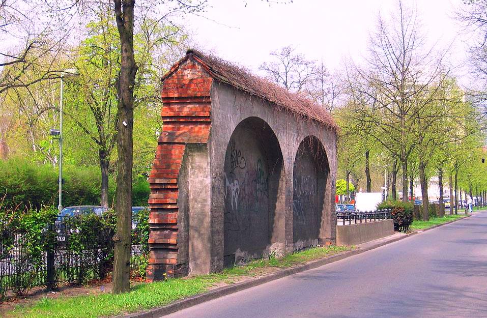 Parte del muro de aduanas de Berlín en Anhalter Bahnhof. Foto: Schlesinger / Wikipedia Creative Commons