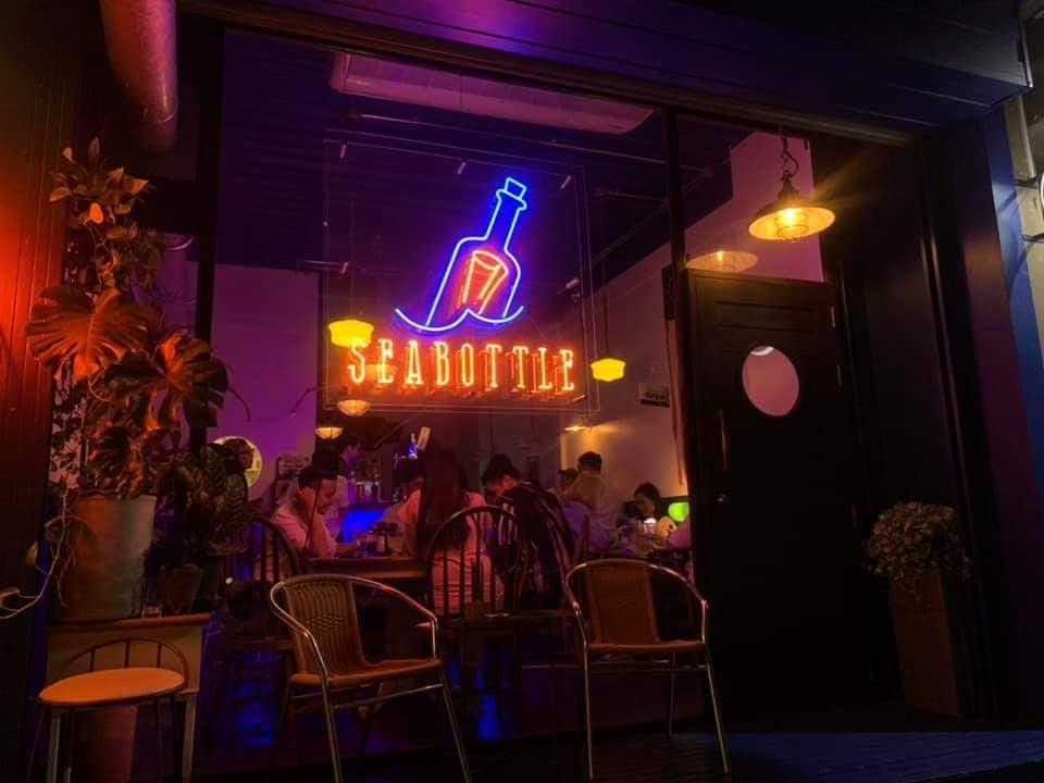 ร้าน Sea Bottle Bar คาเฟ่เพลินๆยามค่ำคืนที่ลาดพร้าว71