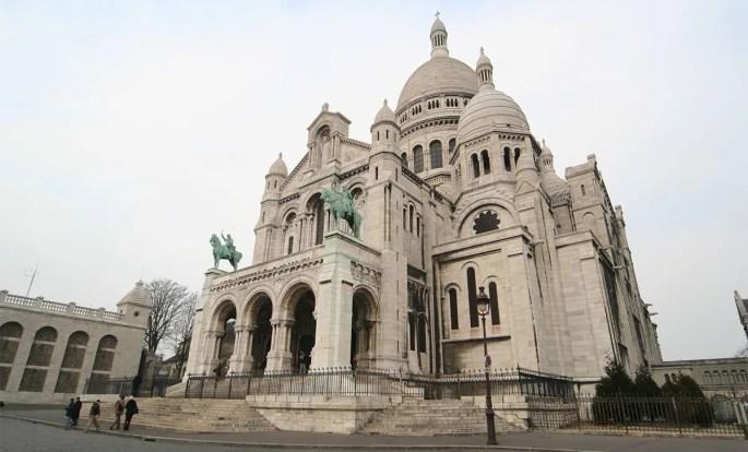 Sacré-Cœur - One of Paris' main tourist attractions