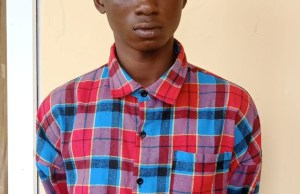 How 18-year old boy stabbed s3x worker, 28, to death over s.e.x fee
