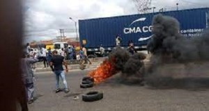 3 'killed', many injured as NURTW, RTEAN clash in Lagos over Truck ticket fees