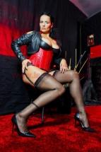 Dominastudio K%C3%B6ln Lady Alina 001 143x215 - Outfit Domina Lady Alina