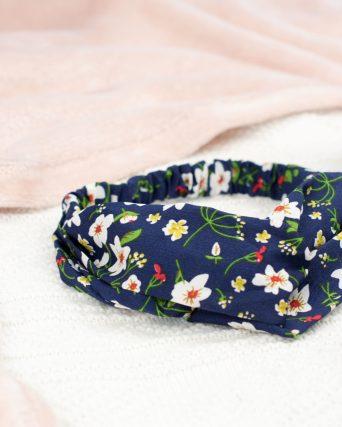 headband bleu à fleurs blanches