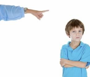 Genitori molto severi? 14 cose che solo chi li ha può capire